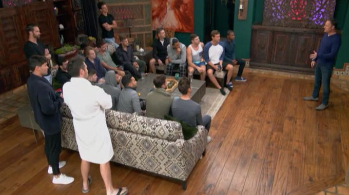 Bachelorette 15 - Hannah Brown - May 27th - Epi 3 - *Sleuthing Spoilers* - Page 5 D7nMh6xXsAABpAF