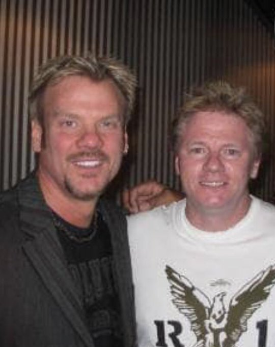 Happy birthday to Phil Vassar (man!, I have known him a long day time.. we were young men here.)