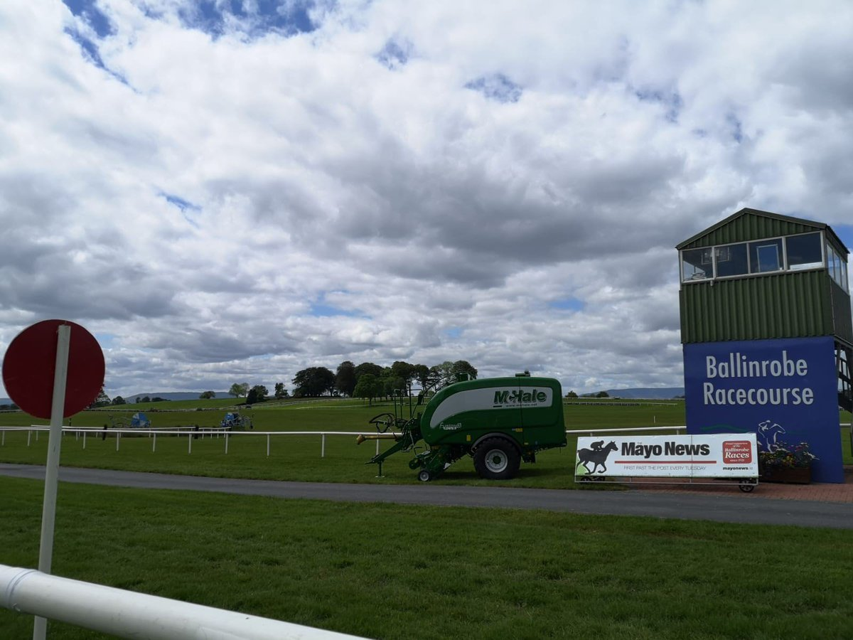 test Twitter Media - @BallinrobeRaces @McHaleOfficial The place looks fantastic this morning! https://t.co/WW5HnPZUMG