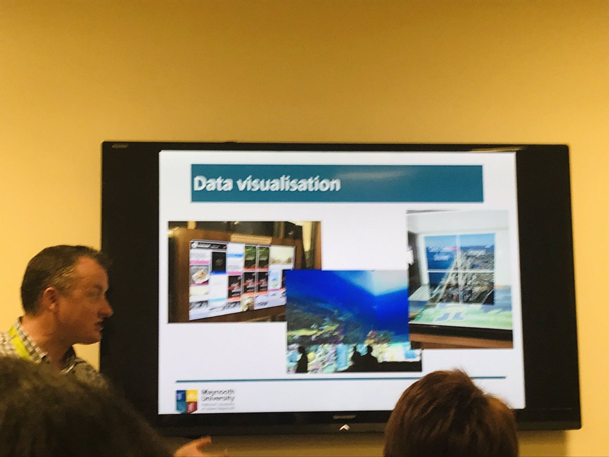 .@cathalmccauley is back to talk to us about @IFLA Australia meeting, including really impressive data visualisation examples including visual representations of live catalogue searches @library_MU #MUYearInReview