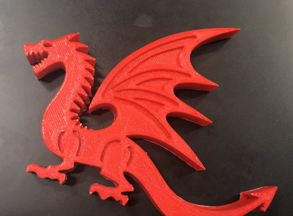 Last presentation of the day from Sheree Yeates & Ranju Upadhyay @library_MU on 3D printing. They've printed some dragons as an example, in honour of #GoT #MUYearInReview