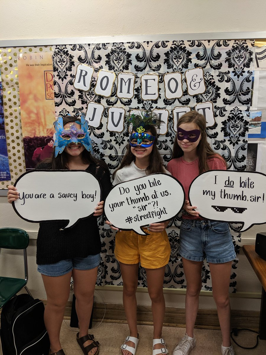 Parting is such sweet sorrow that we shall say goodbye till it be morrow! #LastClass #English1H #PartyLikeACapulet @GWHilltoppers @GWEnglishDept