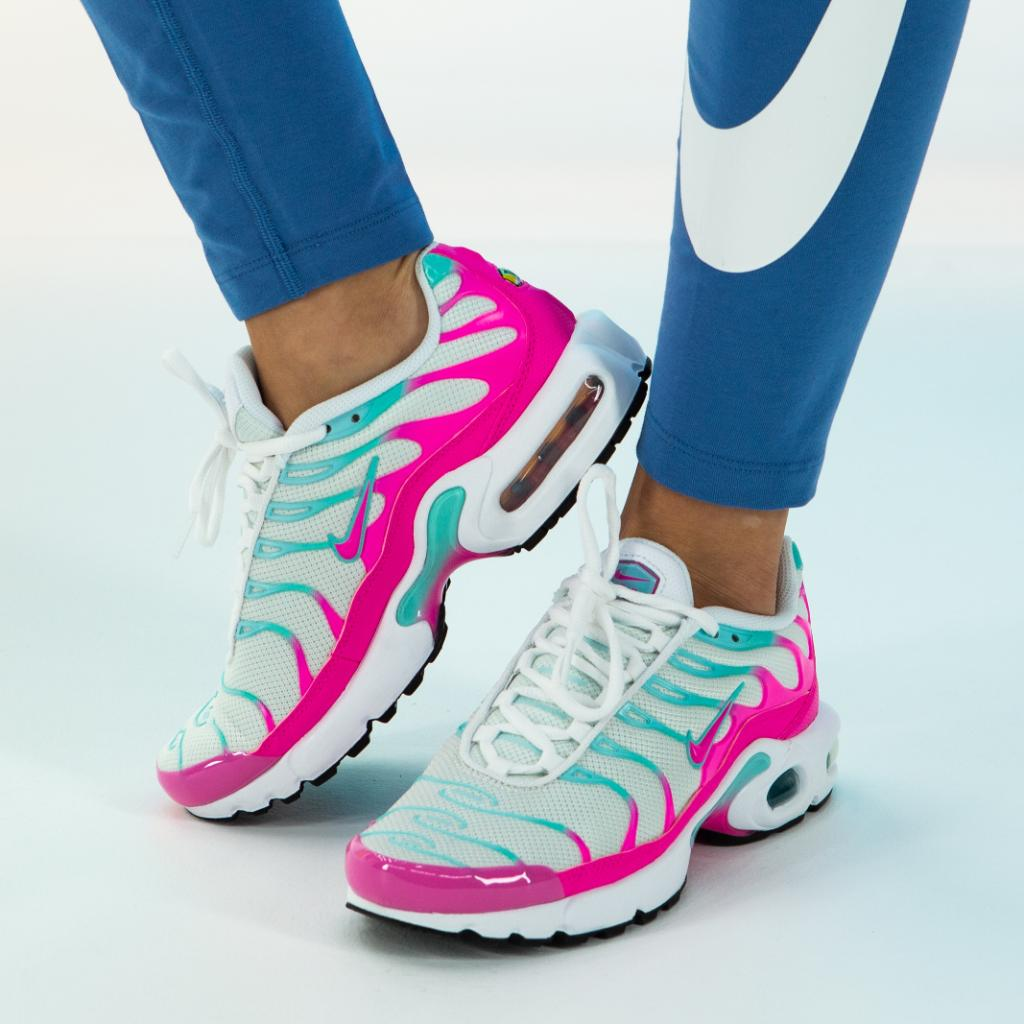 KOTD 💦 The Girls' Nike Air Max