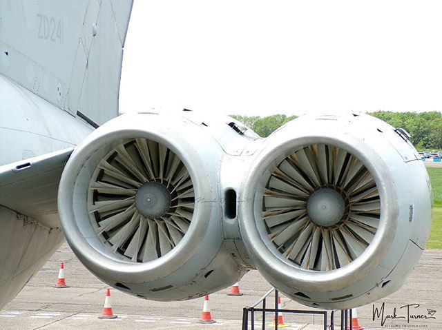25/05/2019 - Bruntingthorpe Airfield  The Business end of @ZD241_VC10  #vickers #VC10 #zd241 #bruntingthorpe #avgeek #POTN #spottersalliance #theukspotters #airportmagazine #aviation #aviationlovers #aviationphotography #loveplanespot #avion4u #baviation… http://bit.ly/2QsNmJQ