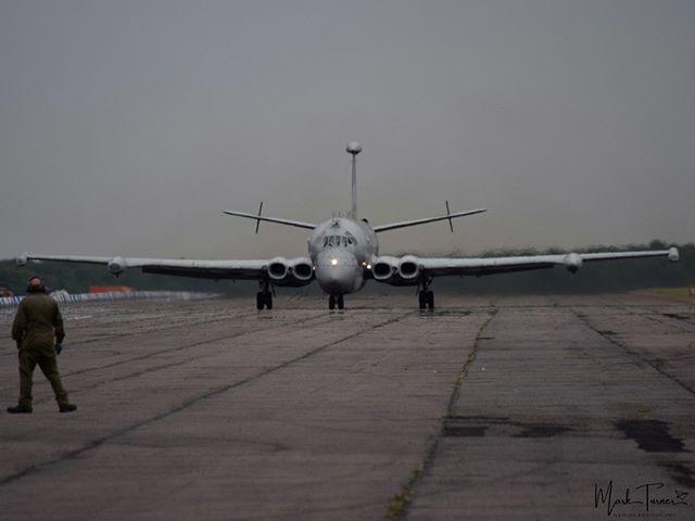 25/05/2019 - Bruntingthorpe Airfield  Hawker Siddeley Nimrod XV226  #hawkersiddeley #nimrod #xv226  #bruntingthorpe #avgeek #POTN #spottersalliance #theukspotters #airportmagazine #aviation #aviationlovers #aviationphotography #loveplanespot #avion4u #ba… http://bit.ly/2MfLMwl