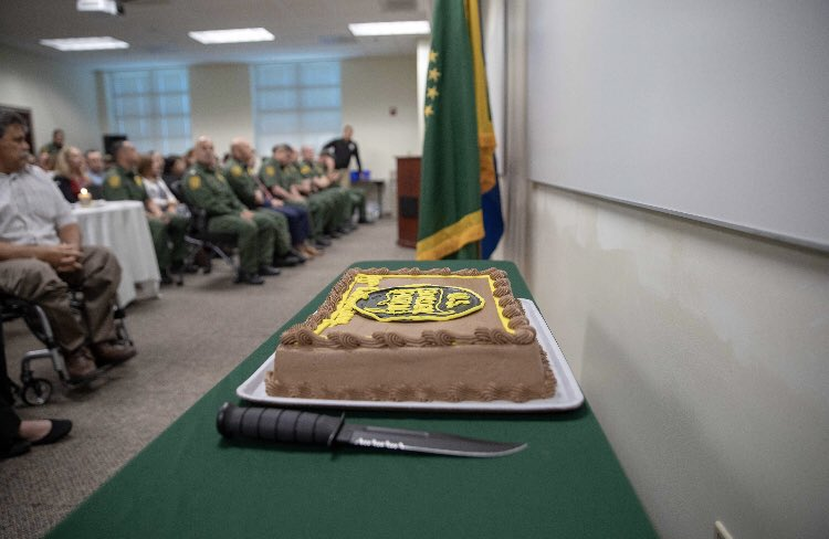 #BorderPatrol traditions are carried through senior agents & employees to junior agents & employees. @CBPElCentro celebrates 95 years of #USBP legacy! #Vigilance #ServicetoCountry #Integrity<br>http://pic.twitter.com/5nIdpNBfmx