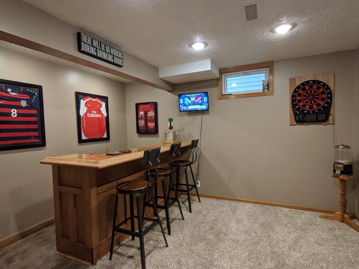 Groovy Nebraskangooner On Twitter Gooner Bar Is Fully Stocked Cjindustries Chair Design For Home Cjindustriesco