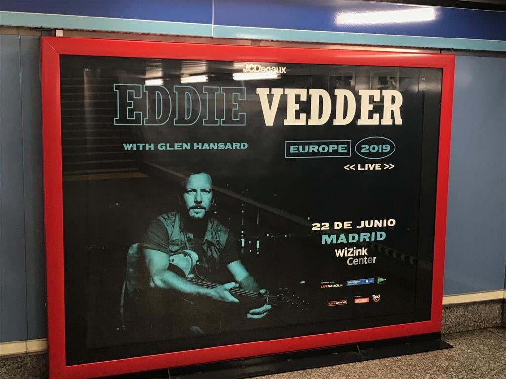 Eddie Vedder recoge centollos [Europa 2019] - Página 16 D7ugkBAXoAA1MpT
