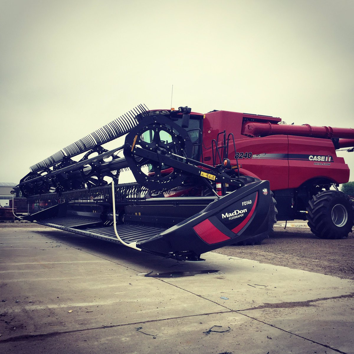 The Harvesting Specialist   MacDon Performance Parts