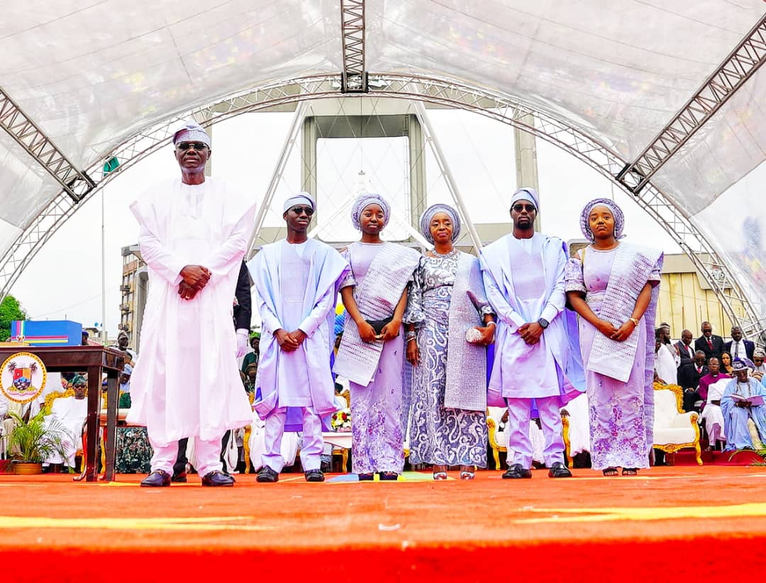 D7v v sXkAohBXC - [Photos]: Meet The Wife And Children Of New Governor Of Lagos State, Babajide Sanwo-Olu