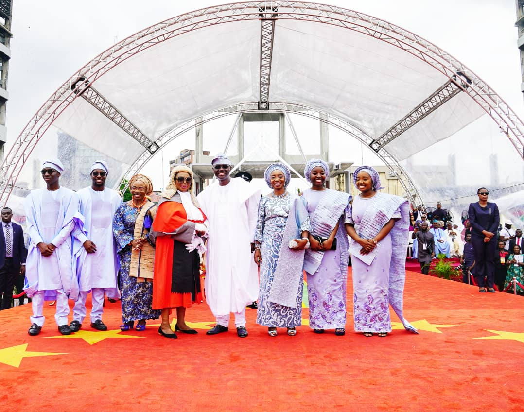 D7v ywaXkAUNTVa - [Photos]: Meet The Wife And Children Of New Governor Of Lagos State, Babajide Sanwo-Olu