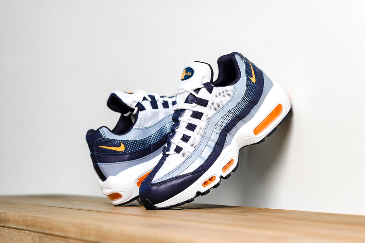 Nike Air Max 95 SE Midnight Navy Blue Laser Orange White