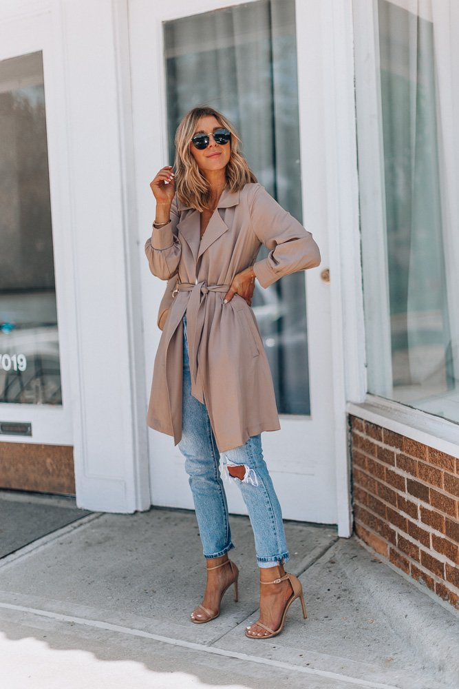 My favorite trench coat for spring/summer on the blog today with @Nordstrom . This lightweight trench is great for work or off duty. I wore it with leggings and sneakers the other day. https://t.co/bKVCZfTzBe #liketkit #LTKstyletip #LTKunder100 #sponsored #nordstrom https://t.co/ax7UxYQli4