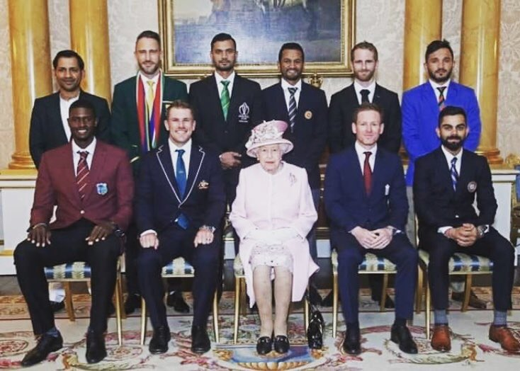 What do you feel when you see your big brother standing proudly behind the Queen in national attire? Immense Pride. No matter what the world says we will always believe in you and your hardwork. #WeHaveWeWill #QueenElizabeth #ICC @sarfaraz54