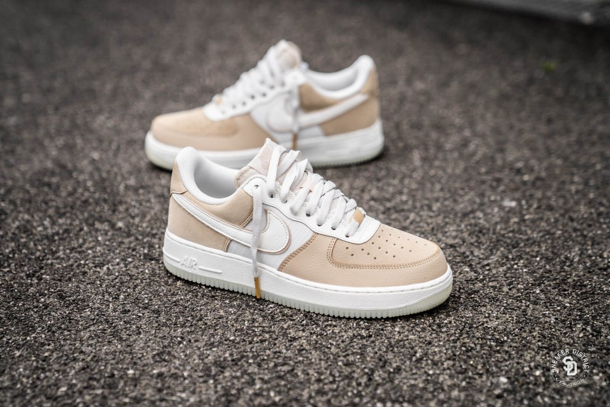 hot sale online 81008 23900 ... of the Nike Air Force 1  07 LV8 2 that can now be had from Nike CA for  only  135 + free shipping! https   bit.ly 30xYHg4 pic.twitter.com 4pexCE9am7