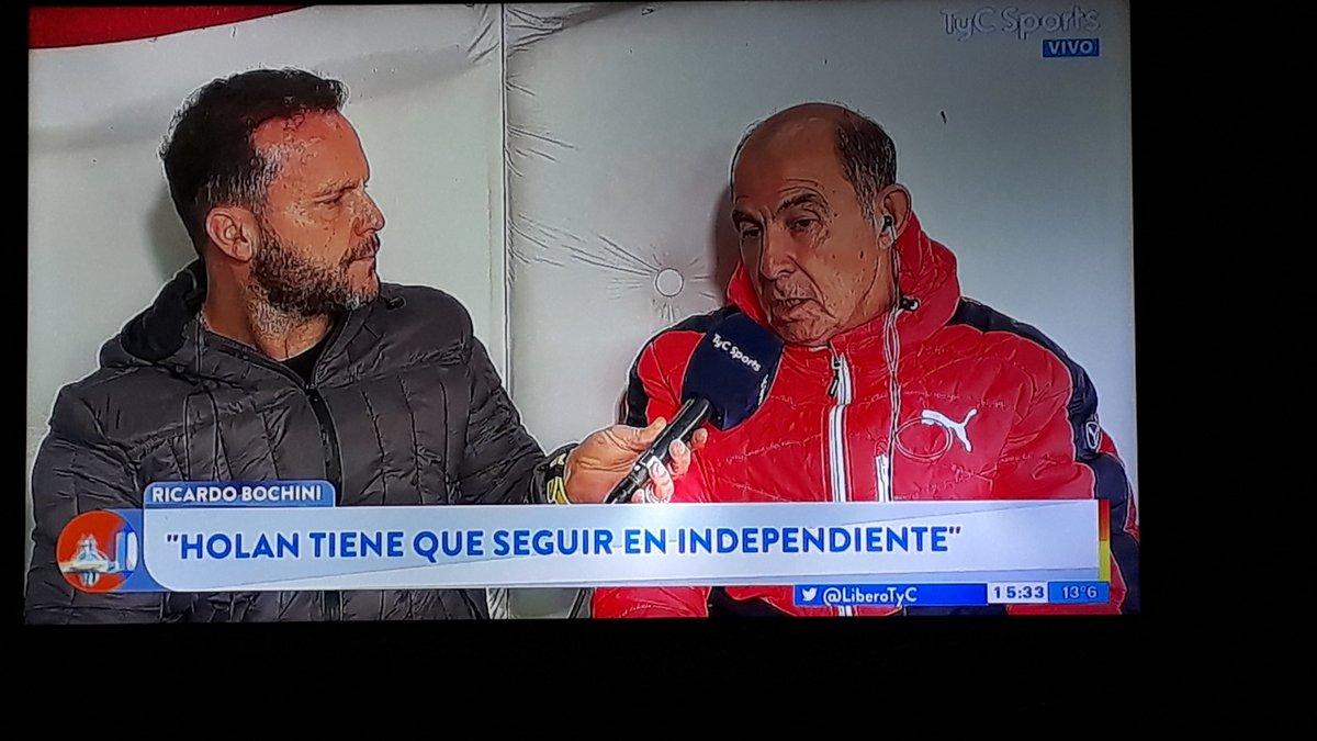 """Bochini: """"Holan tiene que seguir en Independiente"""""""