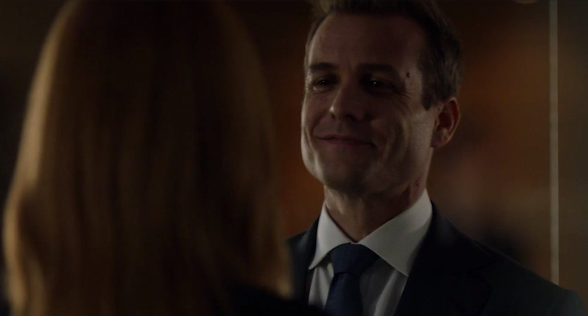 7e83fd4d5 I see no difference.  Darvey  Suits pic.twitter.com KwJJyVv28T