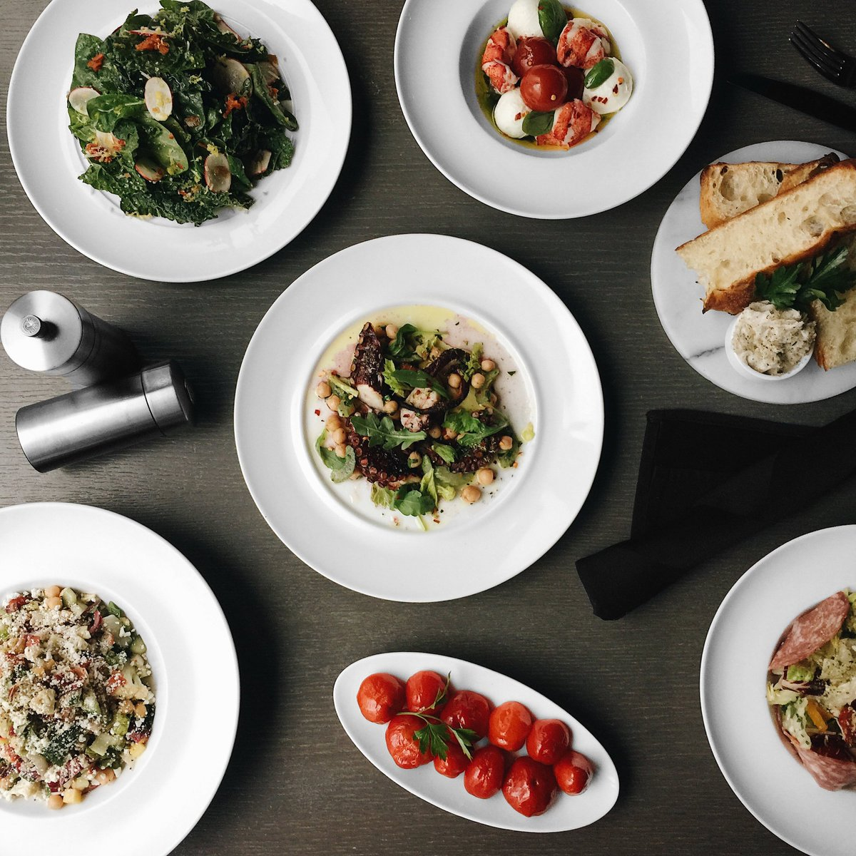 The recommended way to begin your meal at RPM? Share one of everything from our variety of antipasti. Signatures include Tuscan Kale & Spinach Salad, Lobster Caprese, Wood-Roasted Octopus, Provolone-Stuffed Peppers and more. Reserve now: https://t.co/0ICCkD8nzl https://t.co/Vykl8Z3ptr