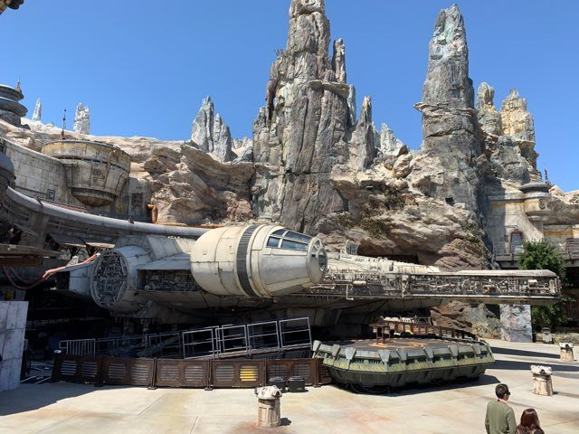 I flew the Millennium Falcon and it was good tcrn.ch/2EHDY0d by @panzer