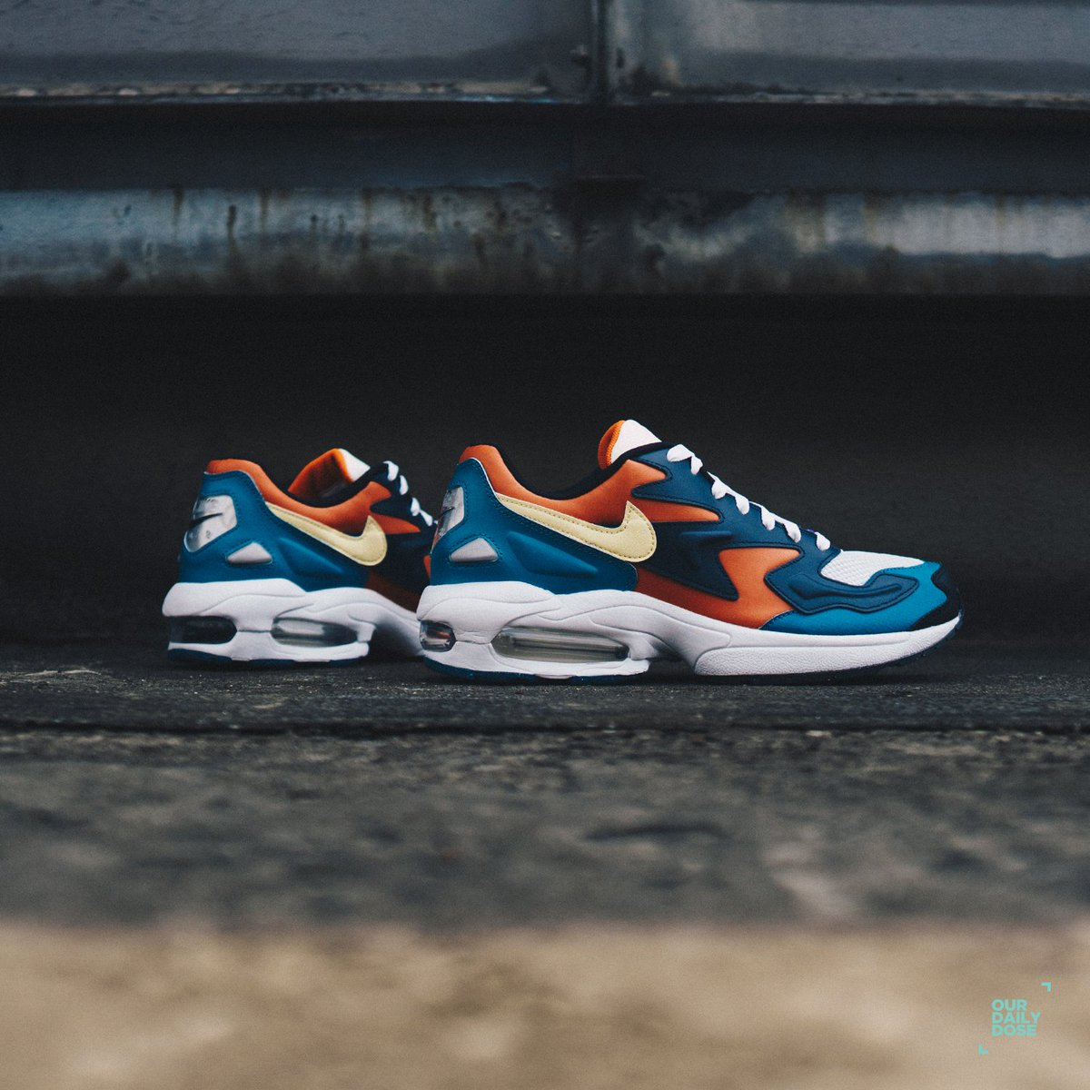 official photos 18b01 5407a A mix of vibrant in a staple smooth piece. Cop your Nike Air Max 2