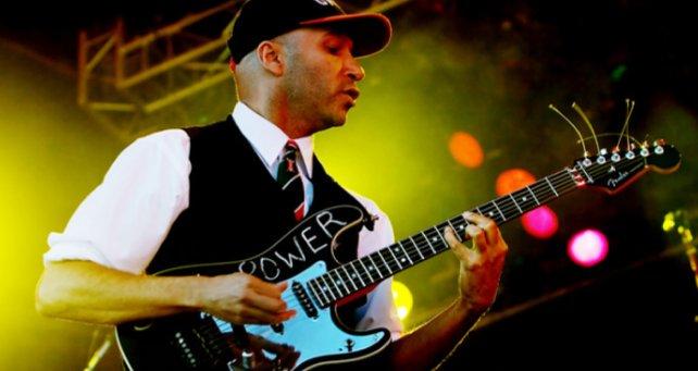 Happy Birthday to a great guitarist Tom Morello.