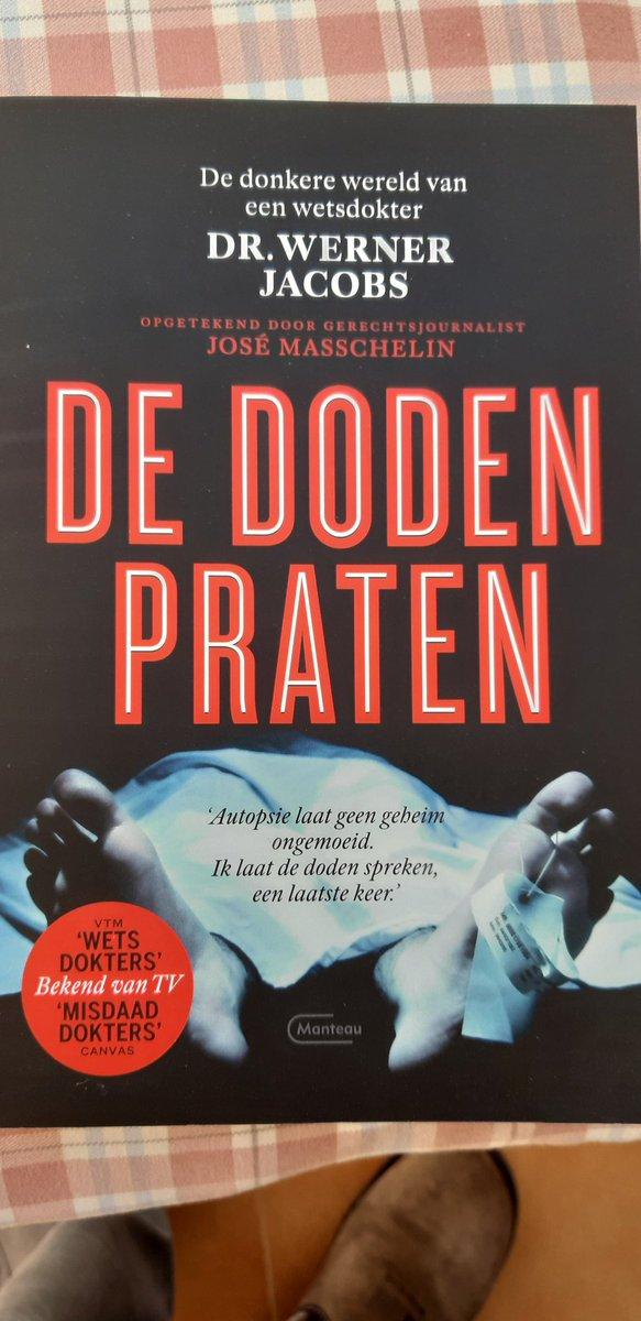 Eindelijk het boek ontvangen via #Amazon  geschreven door wetsdokter #Wernerjacobs en José Masschelin pic.twitter.com/HWnGhpKMZc