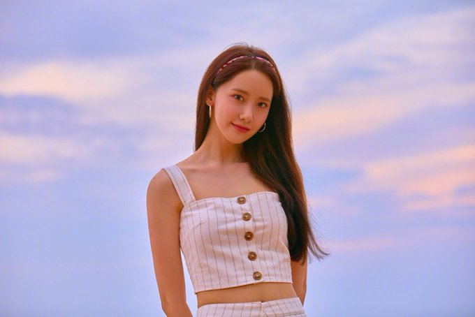 Happy birthday to the nation\s visual, Im YoonA!