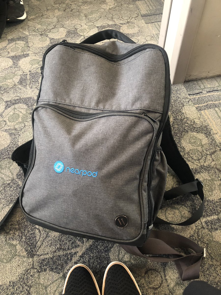 @nearpod @medahl Even sporting my @nearpod bag :)
