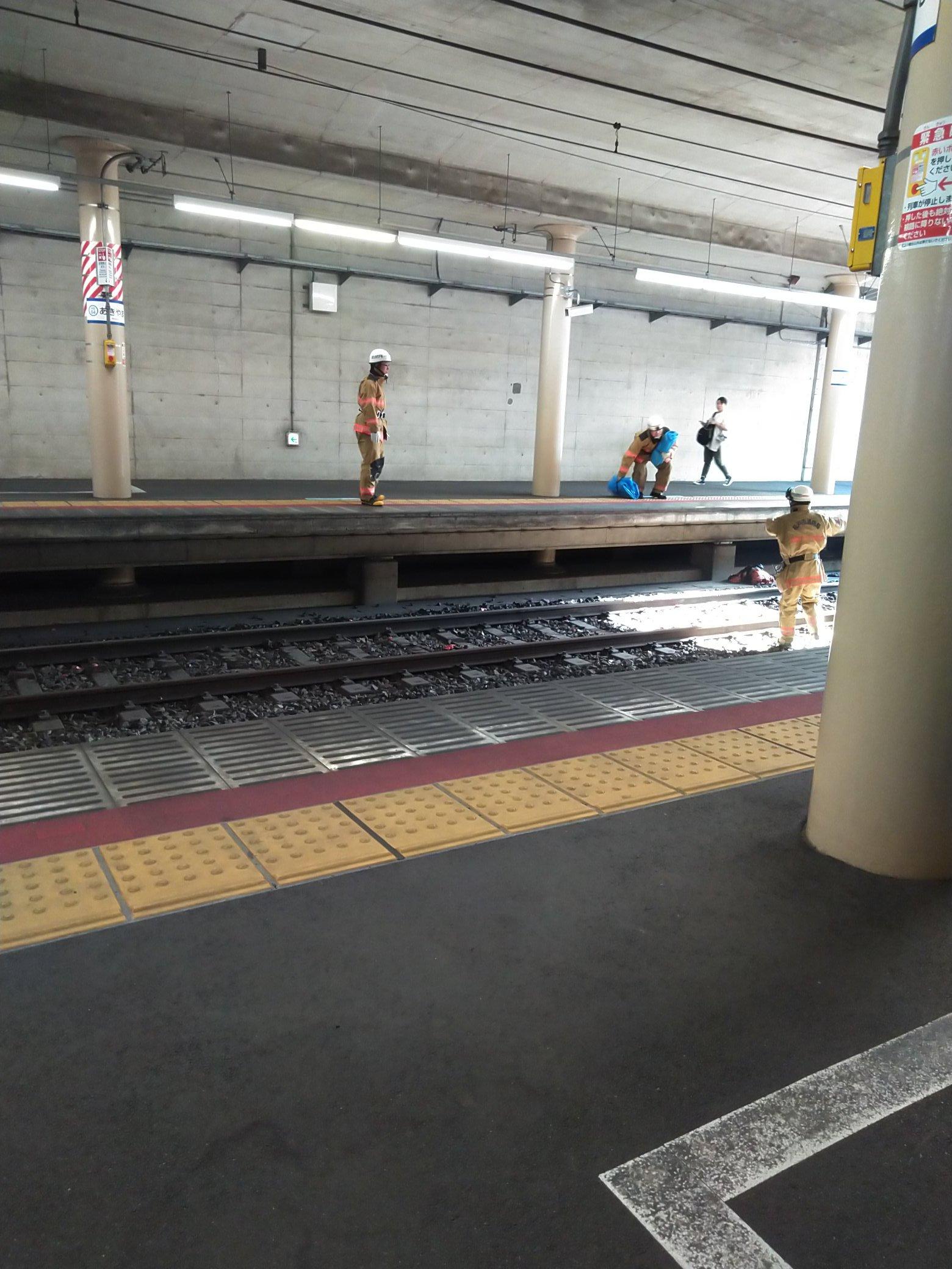 東松戸駅で人身事故「線路に血まみれの人」北総線遅延 飛び込み自殺か