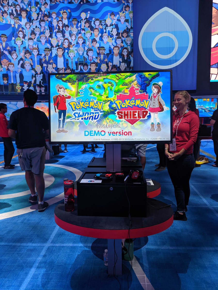 With some familiar Pokémon cheering you on in the crowd, youll feel like a Champ in the making as you step up to play. 🎮 #E32019 #PokemonE3