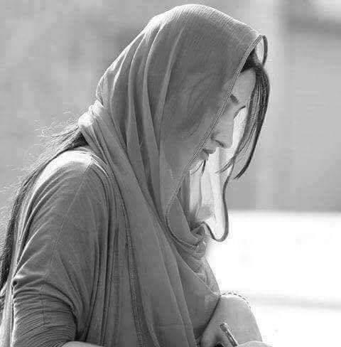 """السلام علیکم ورحمتہ اللہ وبرکاتہ آنسوؤں کی زبان صرف """"رب """"جانتا ہے یہ ہر دل پر اثر انداز نہیں ہوتے اسی لئیے یہ فقط ان ہی دلوں پر اثر انداز ہوتے ہیں جن دلوں میں """"رب """"بستا ہے"""