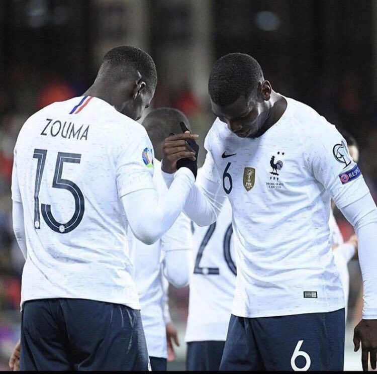 Victoire ✅ clean sheet ✅ 1er but ✅ 😊🙏🏿 @equipedefrance #lazoumance 🇫🇷🇫🇷 @paulpogba love you my brother 😍