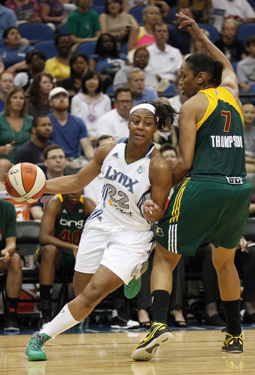 Monica Wright went against Tina Thompson several times in the #WNBA. Now the former #UVa basketball star is joining forces with Thompson on the Cavaliers' coaching staff. http://bit.ly/2Wx9WlN