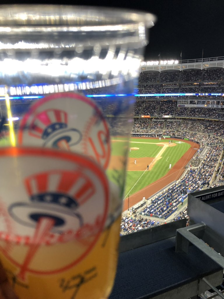 In the expensive seats - not!!!  haha #YankeeStadium .@Yankees vs .@Mets https://t.co/S8rxTKXkfn