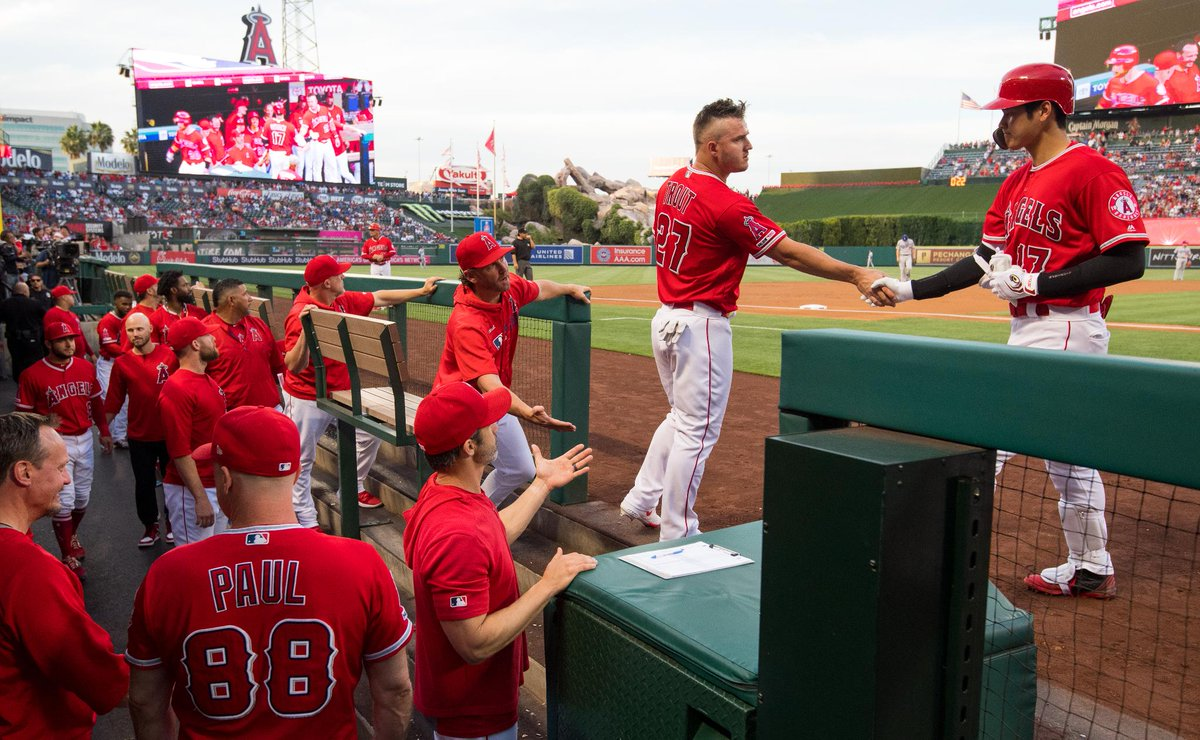 Tuesday night's 5-3 win over the Dodgers, in photos. #TheHaloWay    »  https:// atmlb.com/2wQ7oVG    <br>http://pic.twitter.com/DAcvmXC0dc