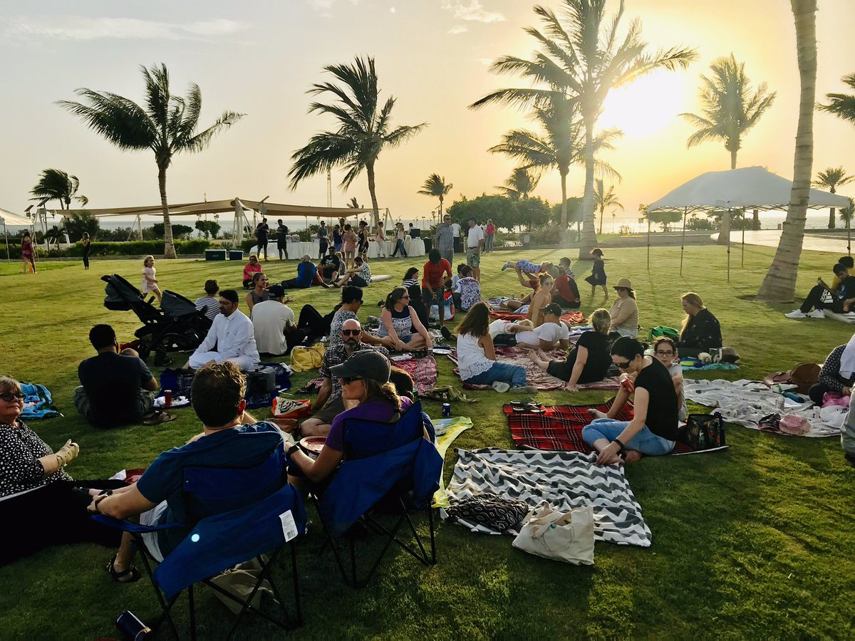 Our 2nd Annual elementary staff appreciation picnic didn't disappoint! Great weather, good food, kids having fun, and good humans laughing and connecting before we depart for the summer break. @GESatKAUST #GESSunshineCommittee