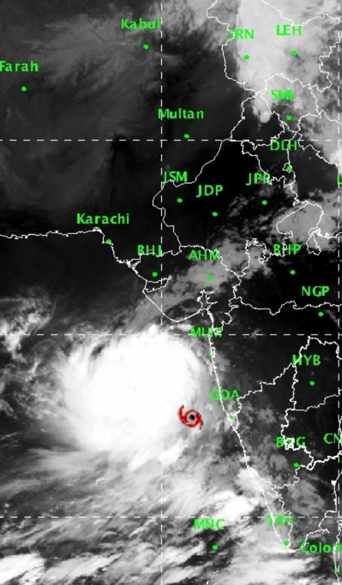 VAYU has transformed into a very severe cyclonic storm and Max wind speed is stated at 165 km/hr,expected to become much stronger in next 6-8 hours.stay safe Gujarat.#CycloneVayu