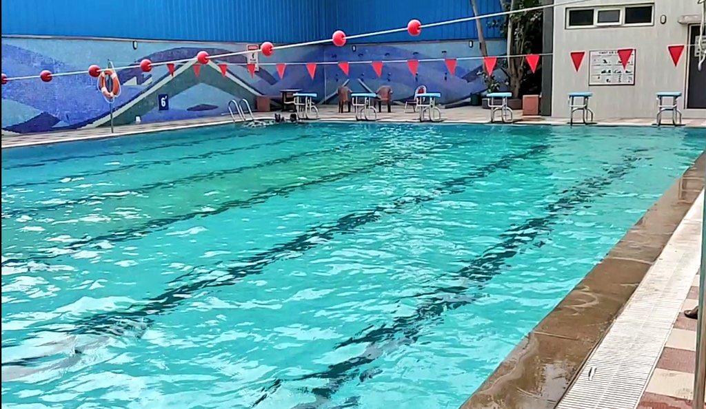 Born june born june 5 1913 a north carolina woman just - The last picture show swimming pool scene ...