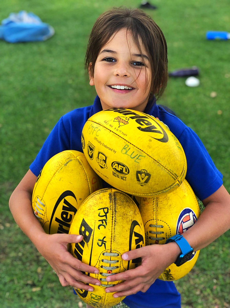 Love Footy 💙💛 #aflw2020  All signed up 🙌