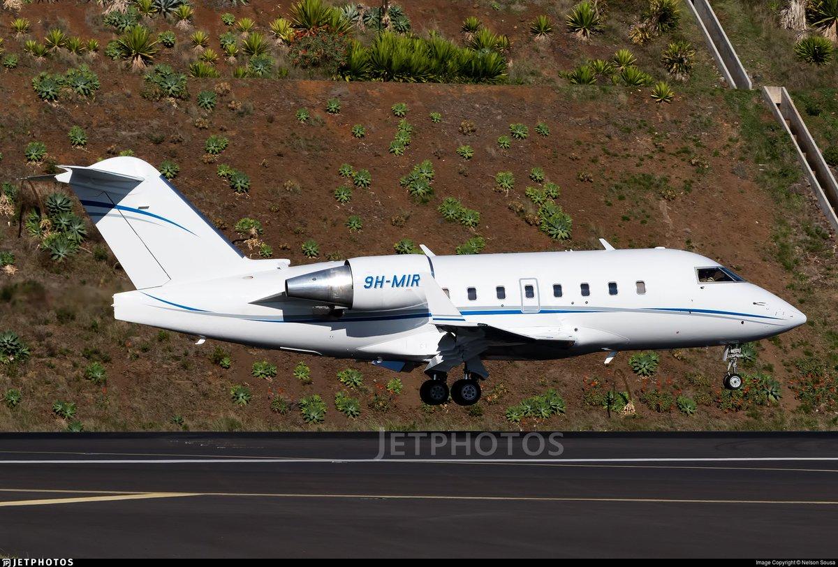 Hoy tiene previsto operar en @AeropuertoVGO @flytovigo este Challenger procedente de EGKB (18:20hrs). @AeronoticiasVgo
