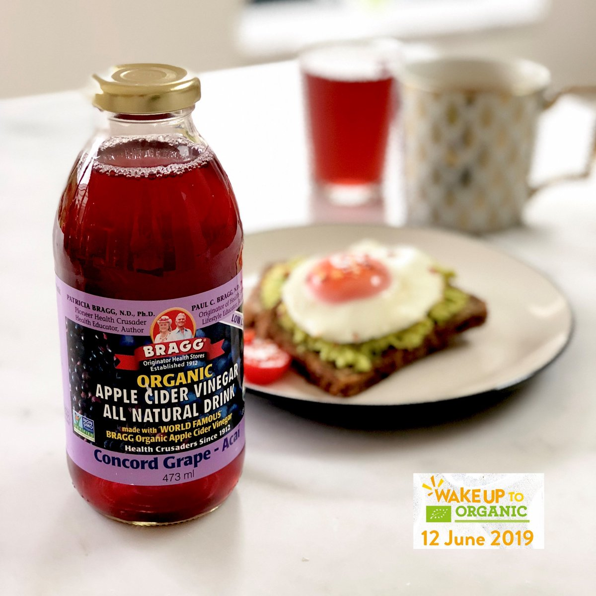 Wake up to Organic! Organic is better for you and the planet - we're loving some apple cider vinegar this morning! No hump day here   #organic #wakeuptoorganic #feedyourhappy #braggacv #breakfast #humpday #healthy<br>http://pic.twitter.com/uyU1W2WSfO
