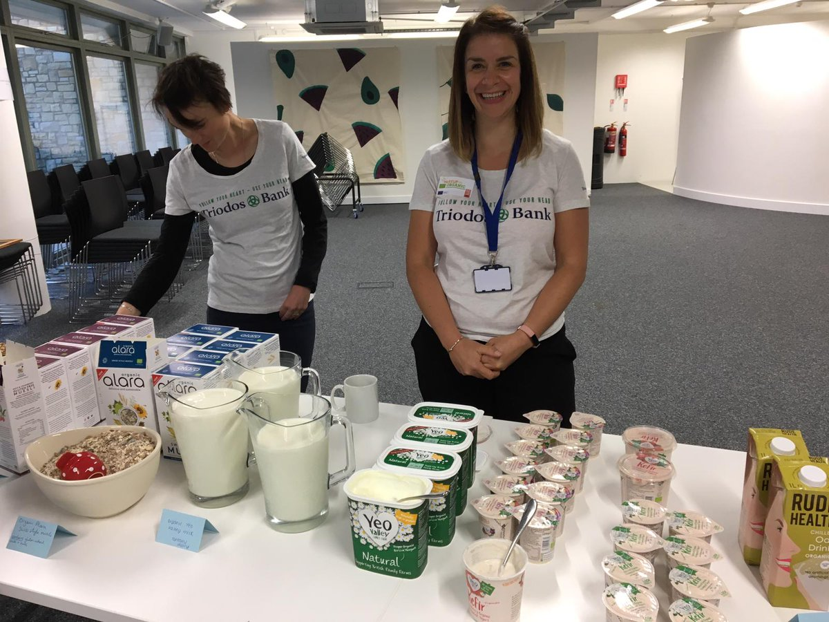 Thanks to everyone who came to our #WakeUpToOrganic breakfast today. We all enjoyed trying delicious #organic food and drink from @AlaraCereals, @BetterFoodCo, @Bowl_of_Plenty and @yeovalley.<br>http://pic.twitter.com/eDtKNlg4hz