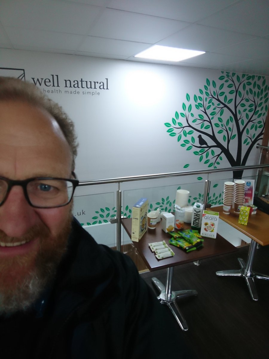 @WellNaturalLtd just setting up for #WakeuptoOrganic can't wait to tuck in <br>http://pic.twitter.com/pRVuWl5BN1