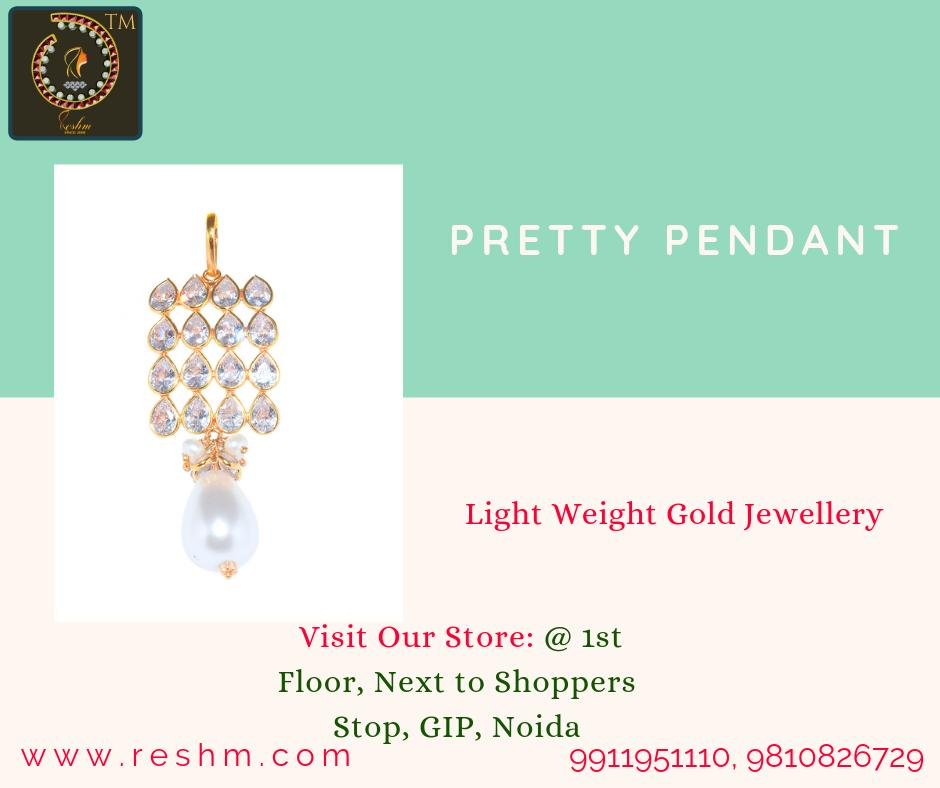 Pretty Pendant by Reshamm Shop now:  or Visit our store @ 1st Floor Next to Shoppers Stop GIP Noida #reshamm #Lightweightgoldjewellery #jewelleryinnoida #jewelleryindelhi #jewelleryinncr #goldlovers #jewelleryfans #fashion #designerjewellery