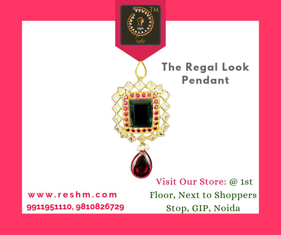The Regal Look gold Pendant for all pretty Shop now:  or Visit our store @ 1st Floor Next to Shoppers Stop GIP Noida #reshamm #Lightweightgoldjewellery #jewelleryinnoida #jewelleryindelhi #jewelleryinncr #goldlovers #jewelleryfans #fashion #designerjeweller