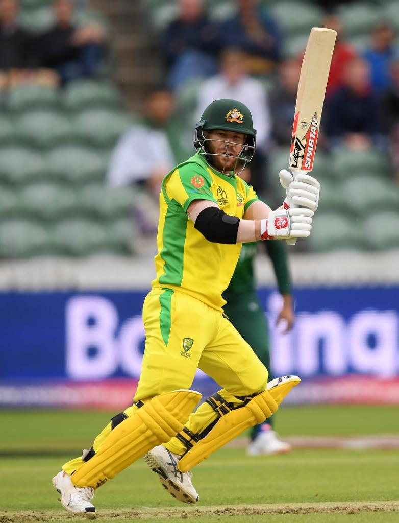 After crawling to 10/0 off three overs, #AaronFinch and David Warner have just plundered 17 runs from the fourth.Has the accelerator been pressed?Follow #AUSvPAK LIVE in the Official #CWC19 app ⬇️ App Store: https://apple.co/2RdzLWhGoogle Play: https://bit.ly/2GovAW1