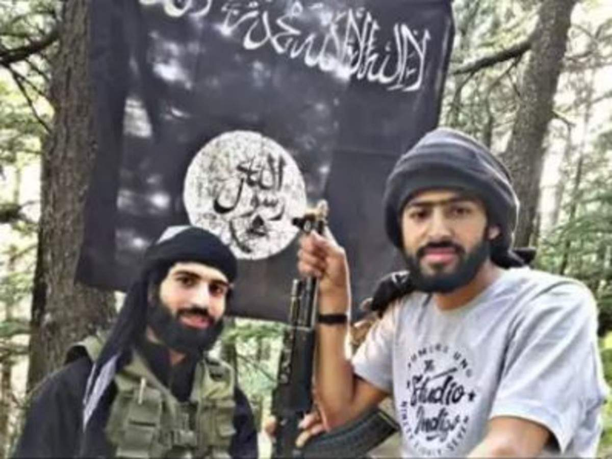 ISIS promotional video in Kashmir lashes out at Pakistan, separatists READ: http://toi.in/1fTlMb/a24gk