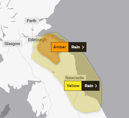 For the second time in a week, the @metoffice has issued an amber warning for rain.  This time in SE Scot from early hours Thurs where we could see 80-100mm of rain over higher ground and potential flooding issues.
