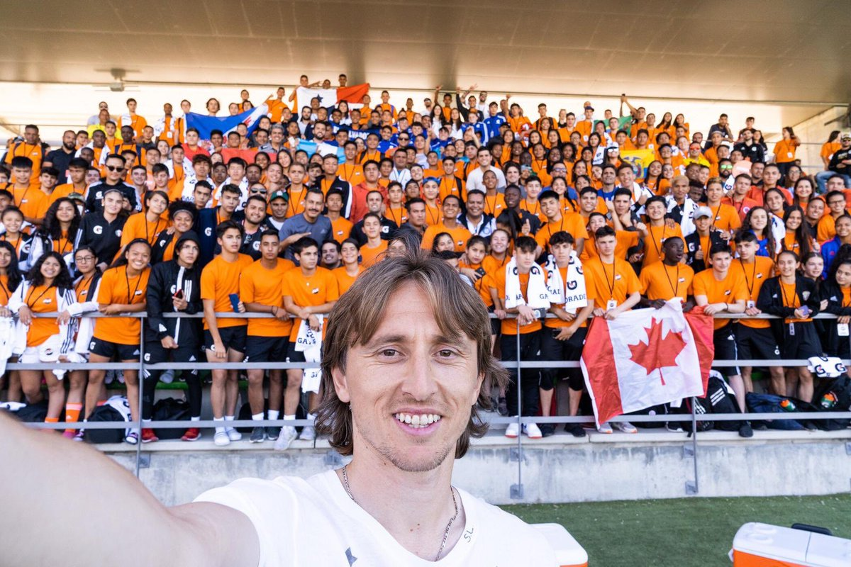 Amazing experience to have shared with over 200 aspiring footballers that competed in the #Gatorade5v5 Global Finals in Madrid. Congratulations to the champions!