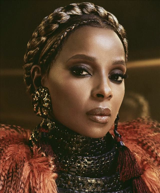 .@MaryJBlige to be honored with the Lifetime Achievement Award at the 19th annual @BETAwards on Sunday, June 23rd. <br>http://pic.twitter.com/KCzzFSO9sj